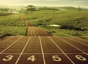 cw054-running-the-race-winning-the-prize
